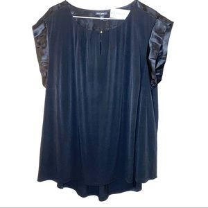 Roz & ali blouse NWT butterfly sleeve black 2X